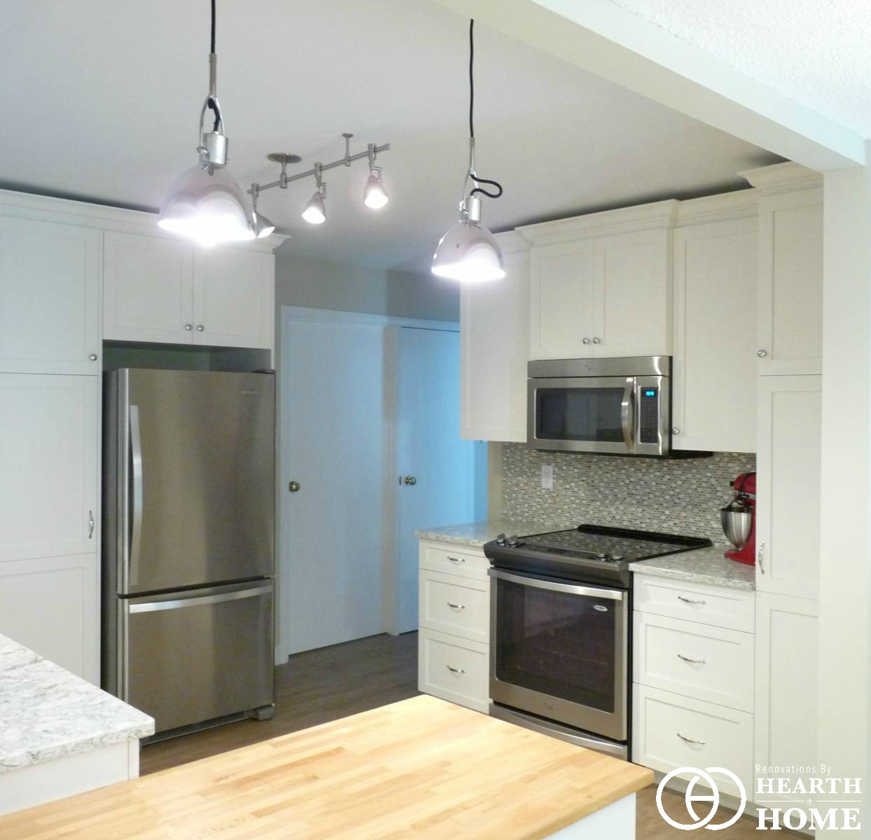 Kitchens - Gallery - Hearth & Home Renovations